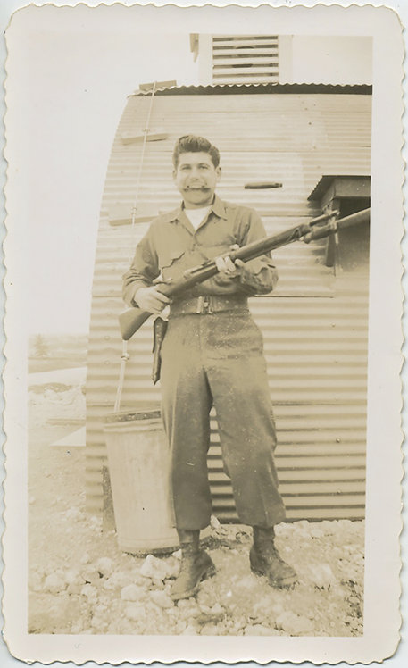 YOUNG SOLDIER ARMED to the TEETH! BAYONET RIFLE QUONSET Hut! GRRR!