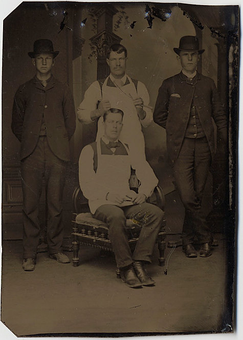 INTERESTING OCCUPATIONAL TINTYPE BARBERS STRAIGHT EDGE RAZORS & CLIENTS?