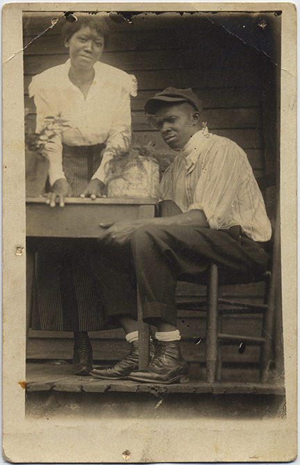 fp6588(RPPC_AfricanAmericanMother&Son_Table)