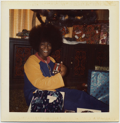 BLACK WOMAN FABULOUS AFRO DISPLAYS WATCH XMAS GIFT in AWESOME POLAROID PORTRAIT!