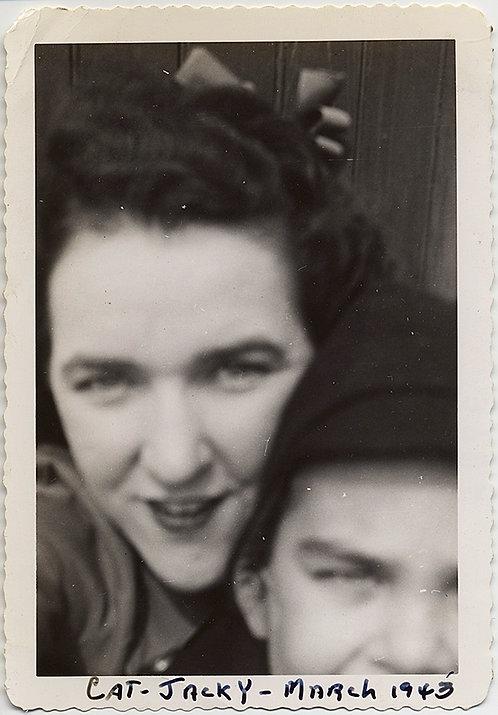 DIVINE CAT and JACKY INTIMATE COUPLE SOFT FOCUS PORTRAIT BAD CROP 1943