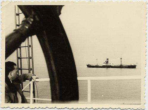 SUPERB COMPOSITION MAN WATCHES SHIP VIEW THROUGH SHIP'S WHEEL