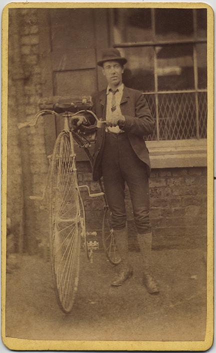fp6688(Mahalski_CDV_Cycles_Man&PennyfarthingBicycle)