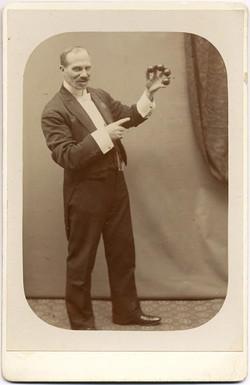 fp1932 (Magician-Balls