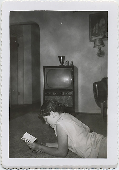 SUPERB WOMAN on FLOOR READING w SILENT TV SET INTERIOR