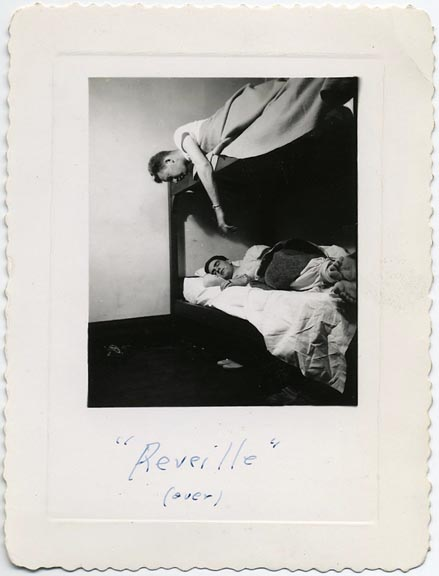 fp1693 (men-on-bunks)