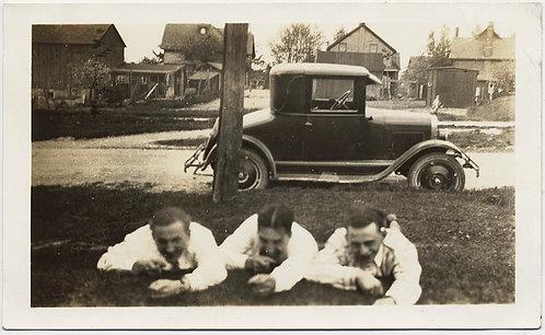 3 MEN LIE on GRASSY VERGE FIRING INVISIBLE GUNS w MODEL T VINTAGE CAR