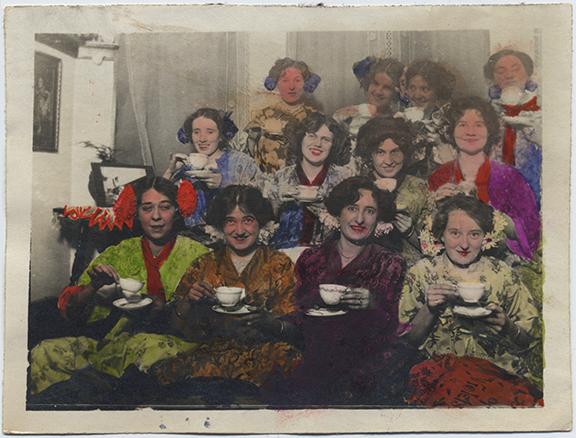 fp4768(Group_Women_TeaCups-tinted)