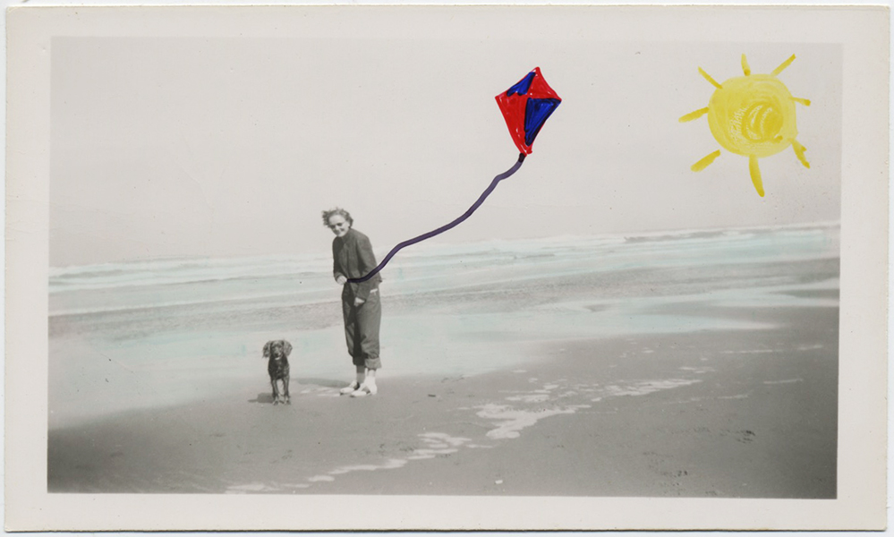 fp8859(Painted-Woman-Beach-Dog-Kite)