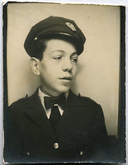 fp1509 (boy in porters cap)