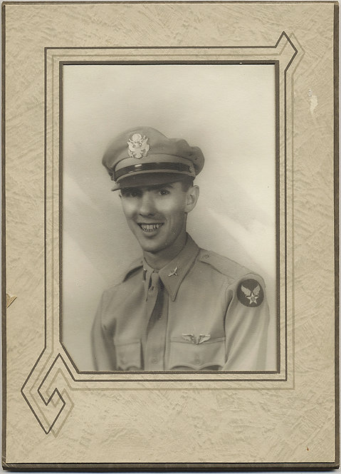 FOLDER PHOTO STUDIO PORTRAIT TOOTHY HANDSOME AIRMAN WWII ARMY AIRFORCE INSIGNIA