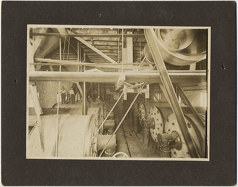 INTERIOR VIEW INDUSTRIAL MILL FACTORY HUGE PULLEYS WORKERS CELEBRATING w DRINK