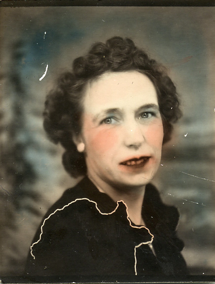 fp0806 (intense  hand tinted woman)