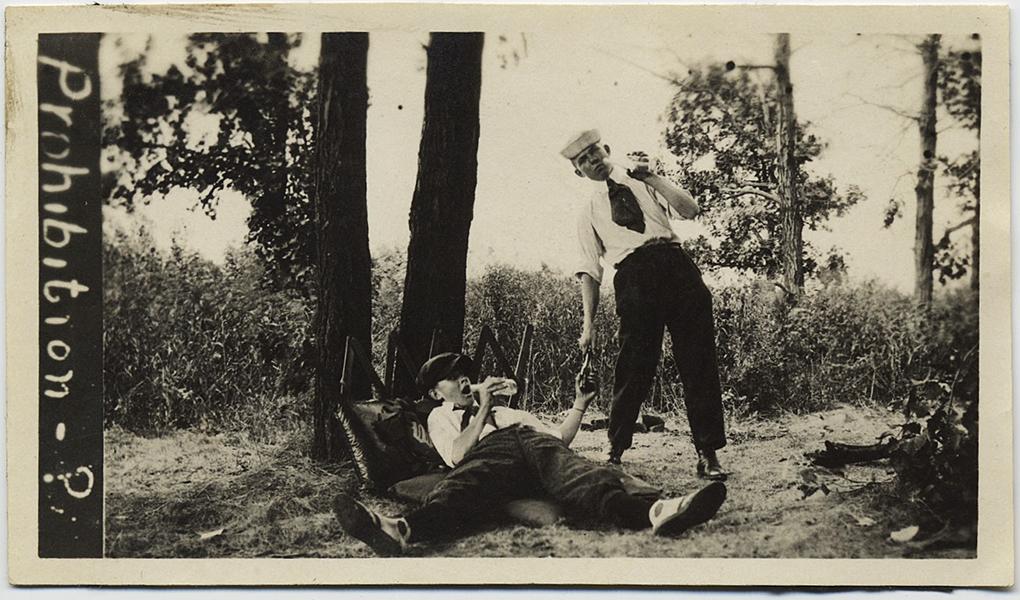 fp8887(Boys-Drunk-Prohibition)