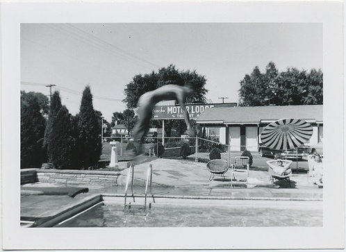 FANTASTIC BLURRY MIDAIR DIVER SUSPENDED at MOTOR LODGE POOL