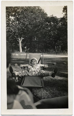fp1841 (foreshortened-woman-lawnchair)