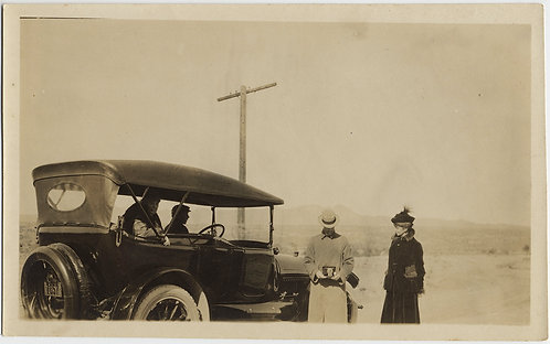 """MAN w CAMERA PIC of PHOTOGRAPHER COUNTRY ROAD TRAVELERS VINTAGE CAR """"Happy Day"""""""