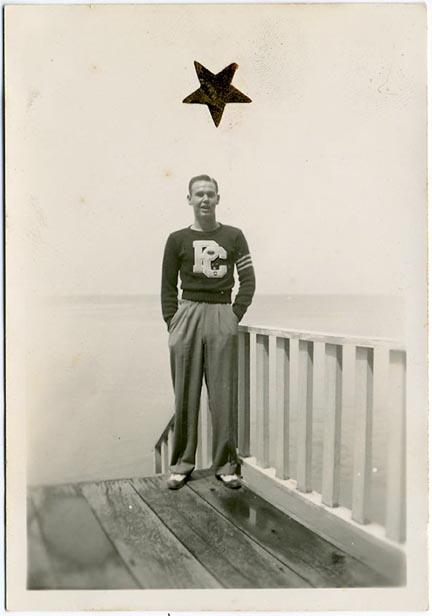 fp1341 (man college letter gold star)