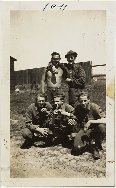 HOT HANDSOME SHIRTLESS IDd BOYFRIENDS BOND in 1941MALE INTIMACY GAY INT
