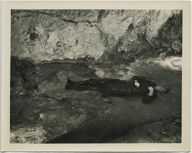 fp8380(Drowning-Man3)