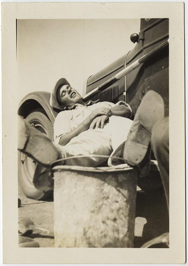 fp10275(Man-Asleep-Car)