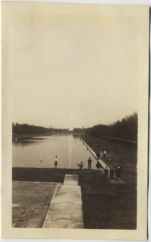 fp10345(Disappearing-Washington-Monument
