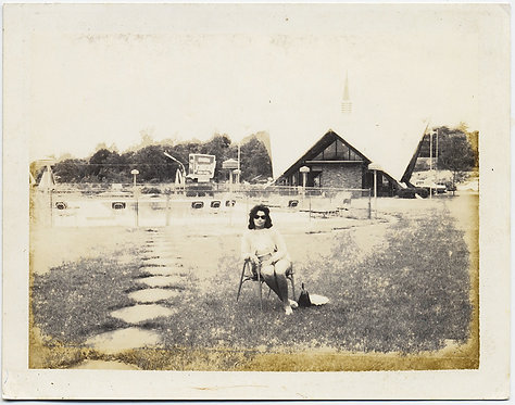 WONDERFUL DISTRESSED POLAROID SULTRY WOMAN on CHAIR on LAWN nr POOL