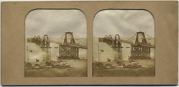 fp4123(SV_Bridge_BoatsOnShore)