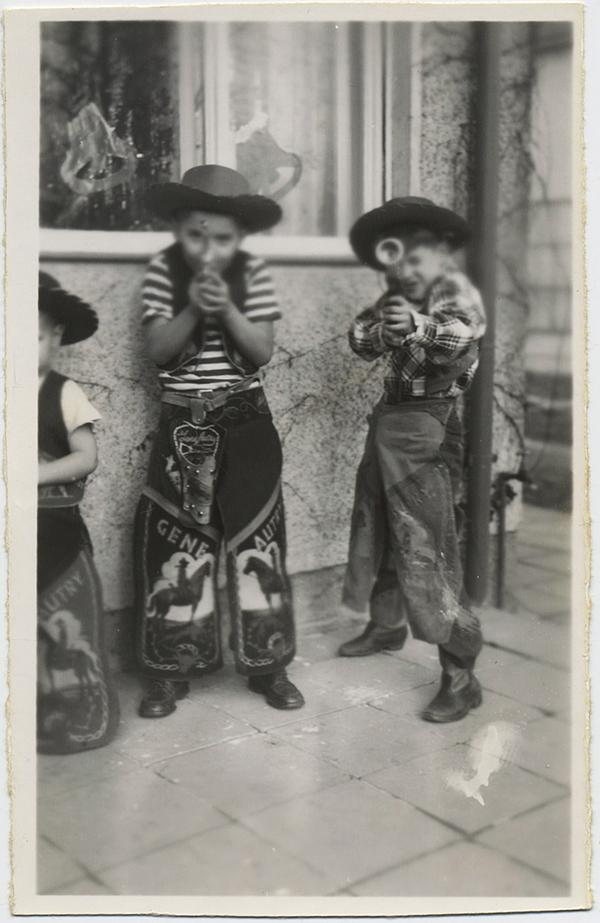 fp8753(Kids-Guns-Gene-Autry)