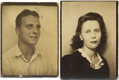 HANDSOME COUPLE in SIMPLE but STRONG PHOTOBOOTH PORTRAITS