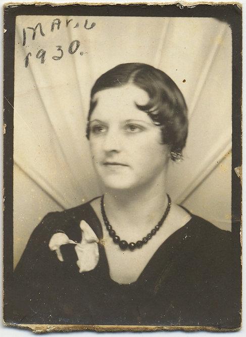 WONDERFUL 1930s PHOTOBOOTH Marie w the CURLS FLAPPER Dorothy Barnard Clinton MO