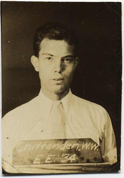 HANDSOME SERIOUS MAN in CHITTENDEN W.W. ? PHOTOBOOTH