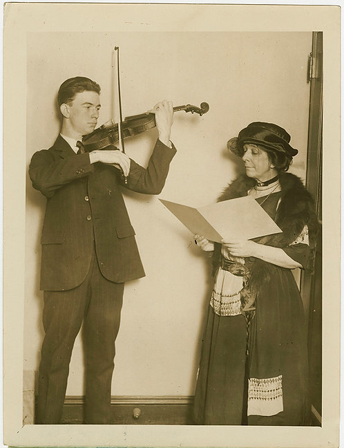 STAGE MOTHER & DILIGENT FAN YOUNG VIOLINIST Gilbert Ross U Wisconsin FACULTY SON