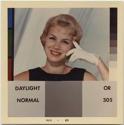 fp5538(KodakAdvertisement_Color_Woman_WhiteGlove)