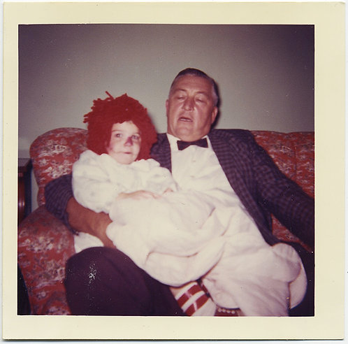SUPERB UNUSUAL DISTURBING MAN w KID on LAP in BRIGHT RED CLOWN WIG