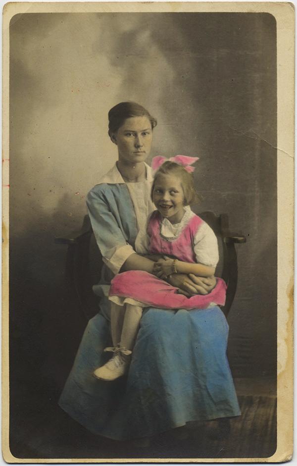 fp10530(Mother-Daughter-Blue-Pink)