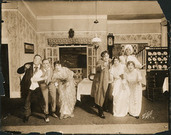 fp4218(White_PF_Theatrical_ActorsFourthWall_Pointing_Turban)