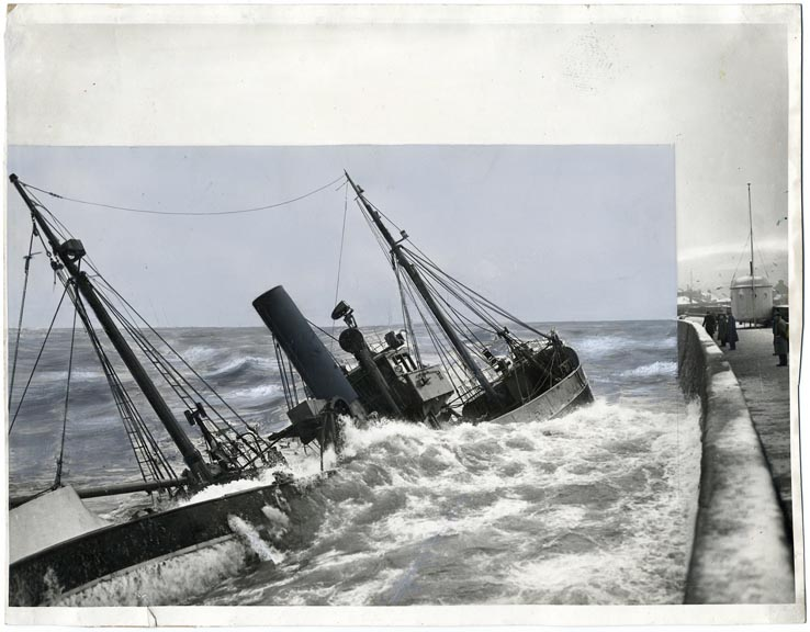 fp1982 (Shipwreck-Pier)