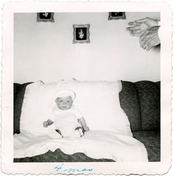 fp2241(Baby-Hands-Sofa)