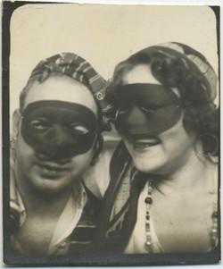 fp2887(PB-Masked-Couple)