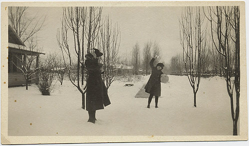 WOMAN and CHILD THROW SNOWBALLS in SNOW CHARMING WINTER SCENE + GREAT CAPTION