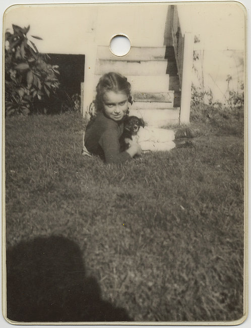 STRANGE LAMINATED IMAGE: GIRL her CUTE PUPPY SHADOW of PHOTOGRAPHER