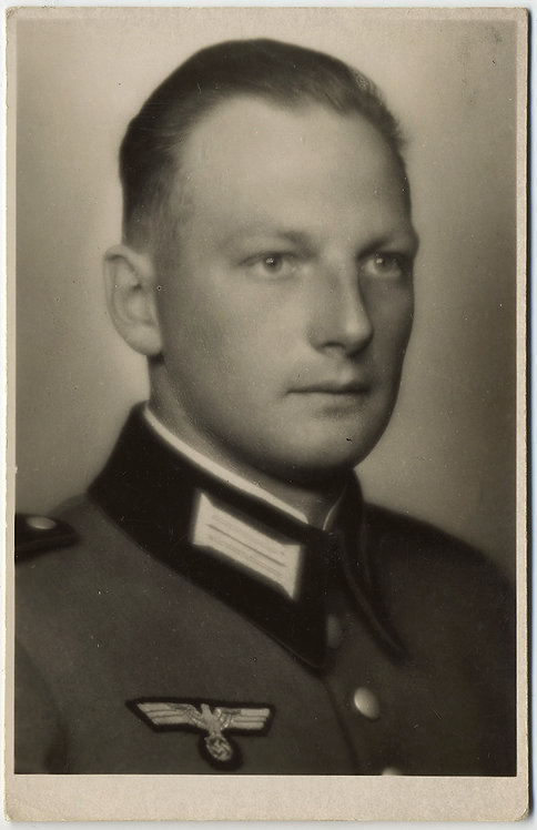 CHILLING PORTRAIT NAZI OFFICER BLANK BANALITY of EVIL 1912-1945