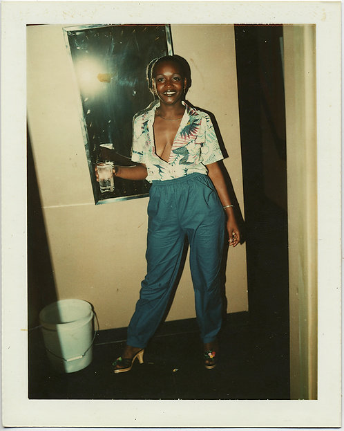 POLAROID SASSY SEXY AFRICAN-AMERICAN WOMAN PANTS SUIT & OPEN BLOUSE PARTY STYLE