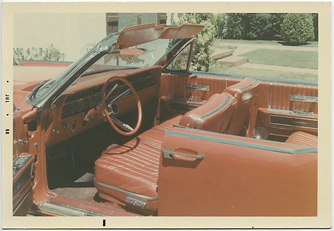 STUNNING RED INTERIOR VINTAGE MUSTANG COUPE WAITS for PASSENGERS and DRIVER 1968