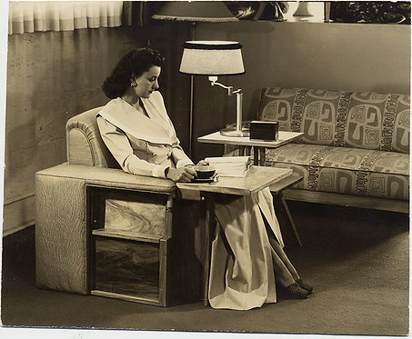 STUNNING ELEGANT WOMAN SITS in EXTRAORDINARY MID-CENTURY DESK CHAIR COMBO