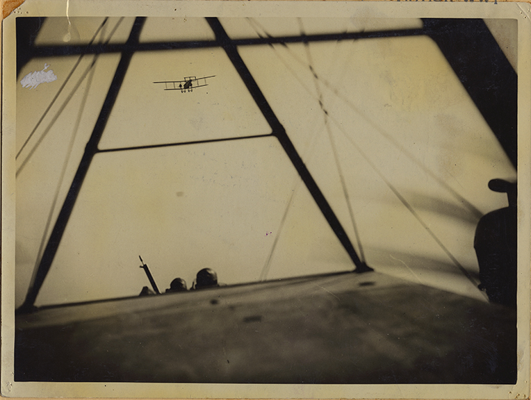 fp4199(PF_CulverPictures_CaptionAviationWWI_Airplane_Military_VantagePoint-detail)