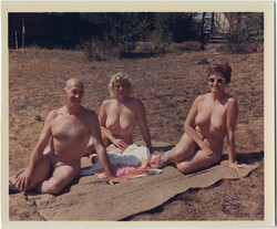 fp8426(Nudist-Group)