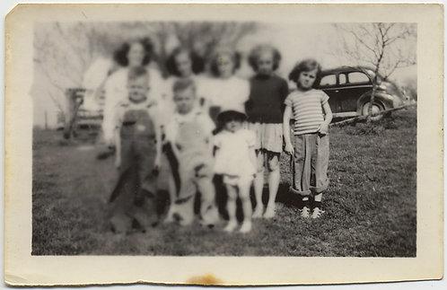 LENS ABERRATION FOCUS PRINT MISTAKE BLURS KIDS GROUP makes PHOTO like WATERCOLOR