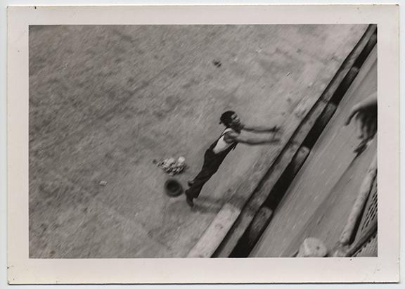fp4444(Man_Jump_BirdsEyeView)